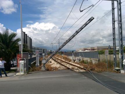 Il danneggiamento lungo la linea Ascoli-Porto d'Ascoli