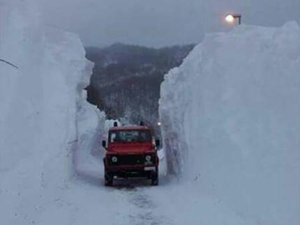 Intervento contro l'emergenza neve nell'ascolano e nel maceratese