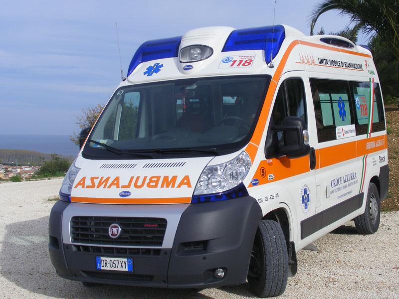 Ambulanza, Croce Azzurra