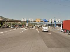 La stazione (casello) di San Benedetto del Tronto sull'autostrada A-14