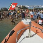 Tanti curiosi a San Benedetto del Tronto per il rilascio della tartaruga Alessandro
