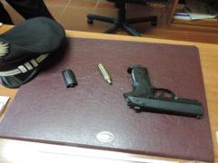 Pistola Beretta sequestrata a un 57enne di Offida