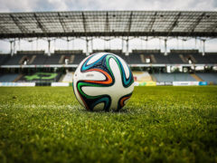 Pallone, calcio, palla - photo by jarmoluk: Pixabay License