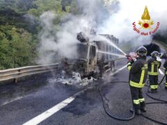 Incendio sull'A14 nei pressi di Grottammare