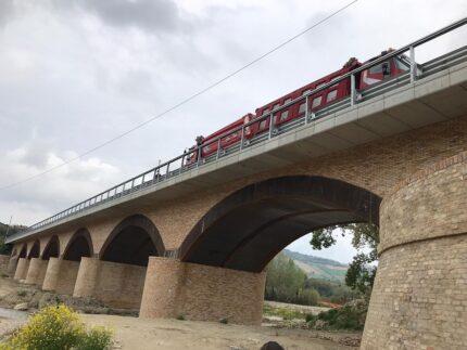 Prove di carico sul ponte Rubbianello