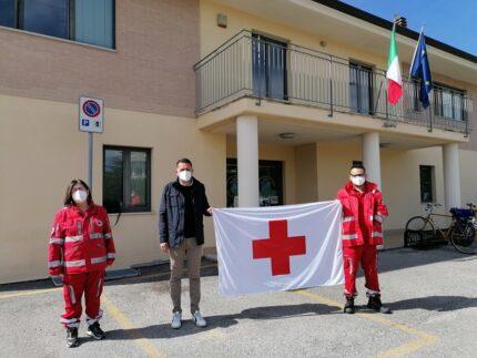 Consegna della bandiera della Croce Rossa a Monteprandone